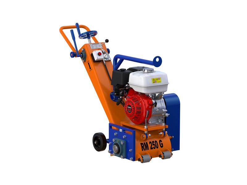 21_Бензиновая-фрезеровальная-машина-по-бетону-(ширина-250-мм,-глубина-3-5мм)